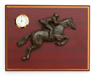 Relief Plaque Showjumper w/Clock